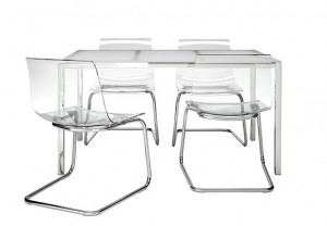 IKEAのテーブル2