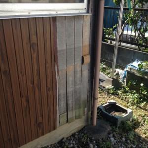 我が家の剥がれた外壁